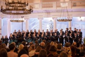 """TÜS 115: juubelikontsert """"Siin mu rõõmumaa"""" Tartu Ülikooli aulas (oktoober 2020). Foto: Siim Tiirik"""
