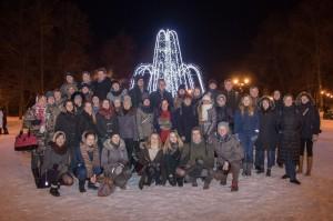 Ühispilt meid Vilniuses võõrustanud sõpruskoori Gabija lauljatega. Foto: Andres Mihkelson (http://pildid.taevasinine.eu/)
